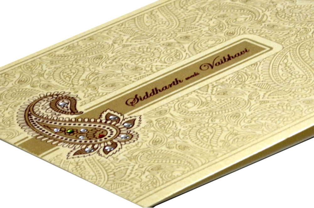 Traditional Wedding Card Design GC 1012